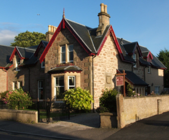Inverness Bed and Breakfast Accommodation in the Highlands of Scotland, courtesy of Puffin Express North of Scotland Tours